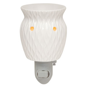 White Scentsy Plugin Warmer Crinkle