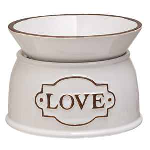 Scentsy Love candle warmer